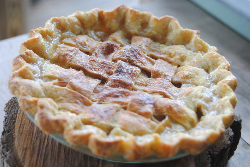 Classic Apple Pie on The Big Show – Food & Swine