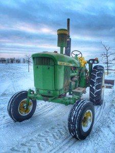 Winter_Tractor